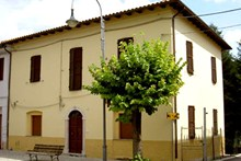 Look at the info on Villa Sibillina and contact us!