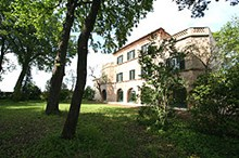 Book now at Villa Collepere with 10% discount!