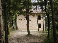 Fairy dwelling in the woods with stunning views of the Sibillini Mountains.