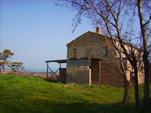 Stunning seaviews for a farmhouse in good structural conditions!