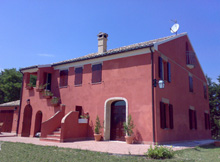 Casa Silvia is a finely restored villa in the green heart of Le Marche region of Italy..