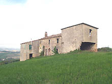 Farmhouse partially habitable with fantastic view, from Sibillini to Conero.